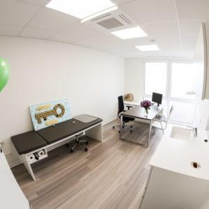 Helle und moderne Behandlungsräume